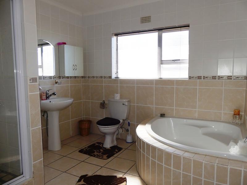 Property For Sale in Kleinkoornhuis, St Helena Bay 48