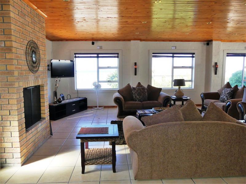 Property For Sale in Kleinkoornhuis, St Helena Bay 11