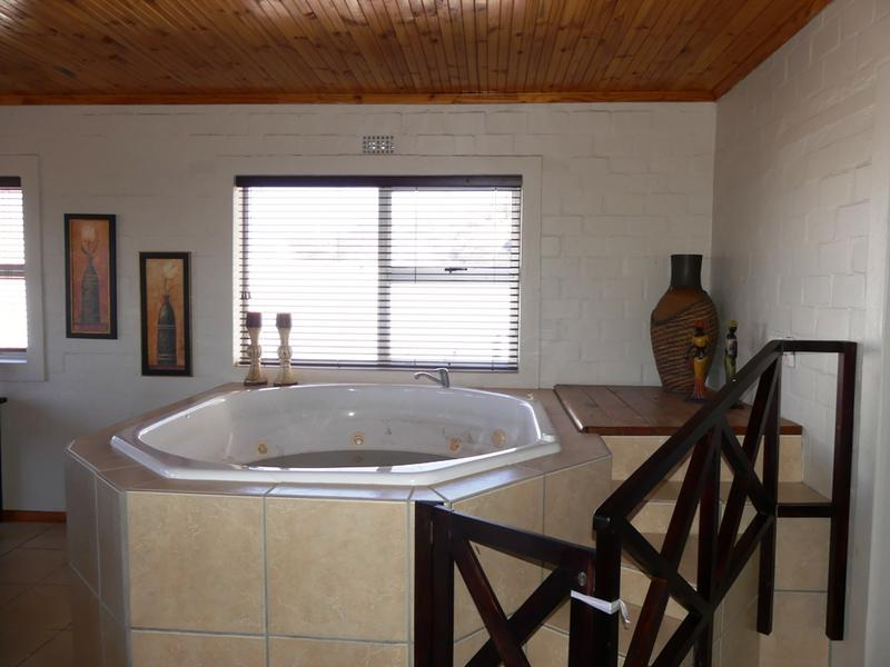 Property For Sale in Kleinkoornhuis, St Helena Bay 15