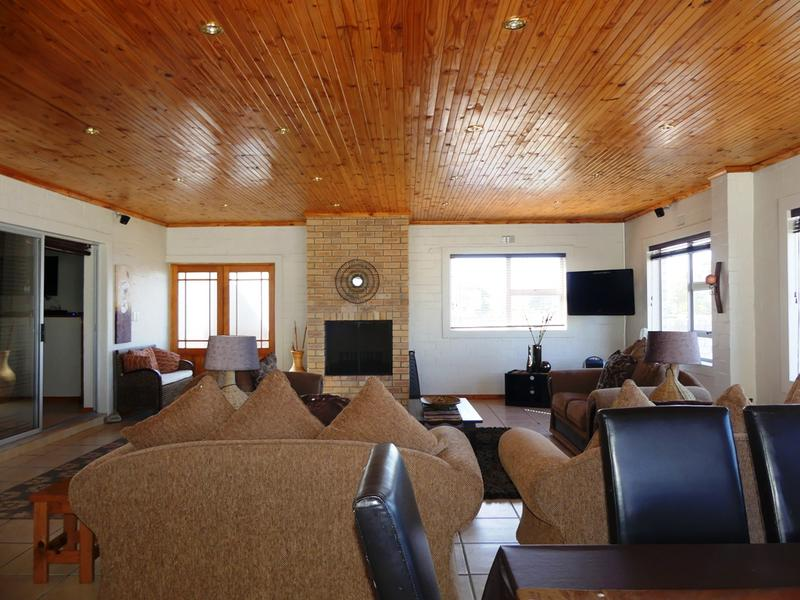Property For Sale in Kleinkoornhuis, St Helena Bay 16