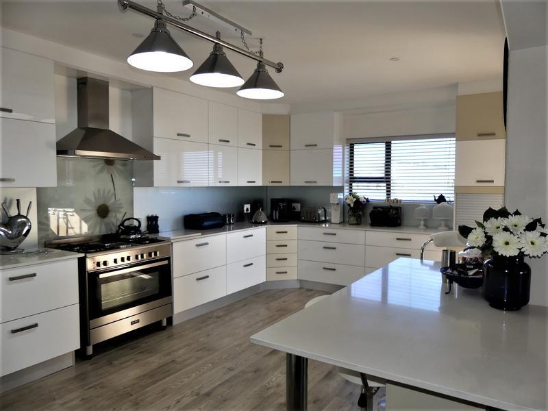 Property For Sale in Da Gama Bay, St Helena Bay 40