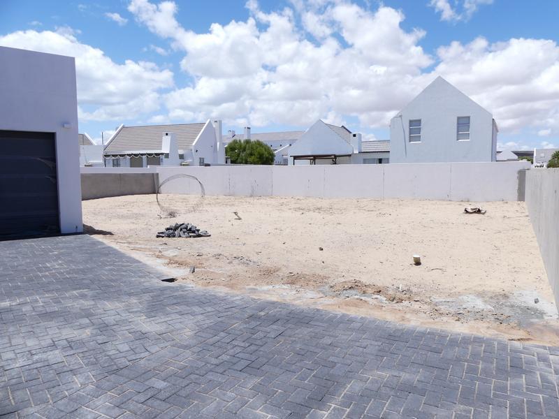 Property For Sale in Golden Mile, Britannia Bay 41
