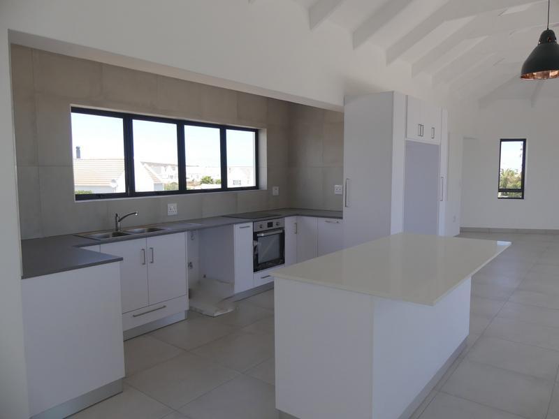Property For Sale in Golden Mile, Britannia Bay 16