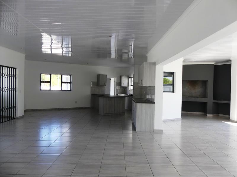 Property For Sale in Golden Mile, Britannia Bay 4