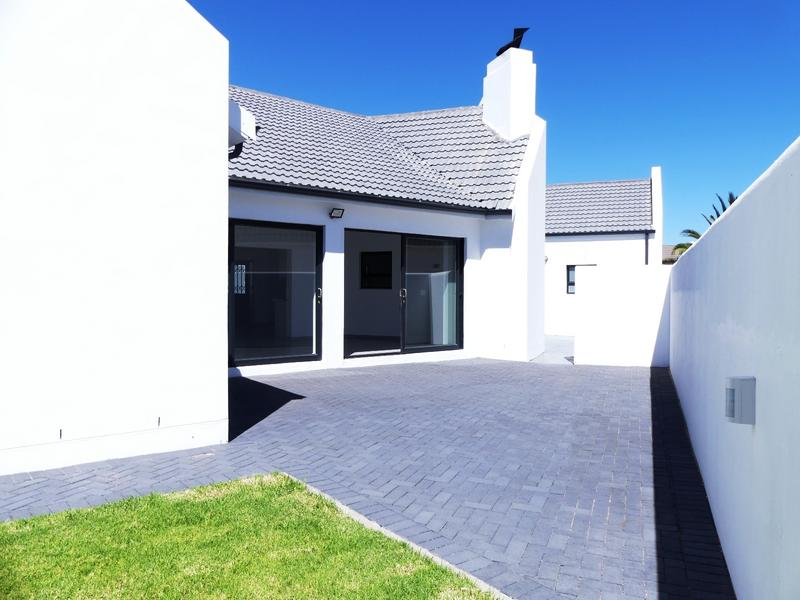 Property For Sale in Golden Mile, Britannia Bay 18