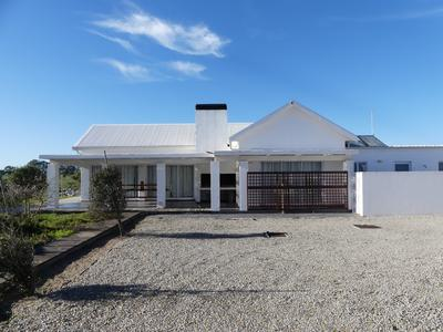 House For Sale in Golden Mile, Britannia Bay
