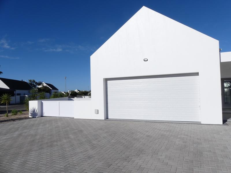 Property For Sale in Golden Mile, Britannia Bay 30