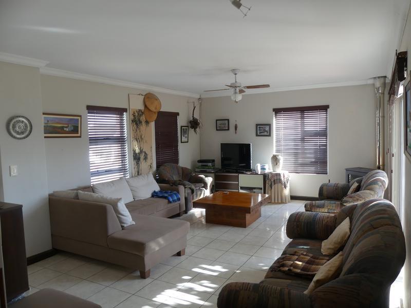 Property For Sale in Golden Mile, Britannia Bay 7