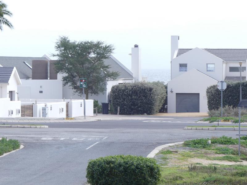 Property For Sale in Golden Mile, Britannia Bay 37