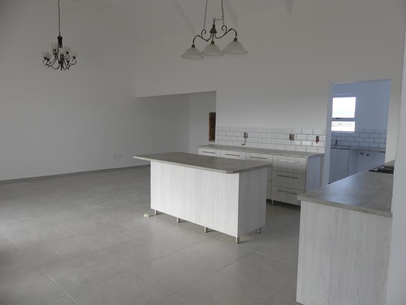 Property For Sale in Lampiesbaai, St Helena Bay 4