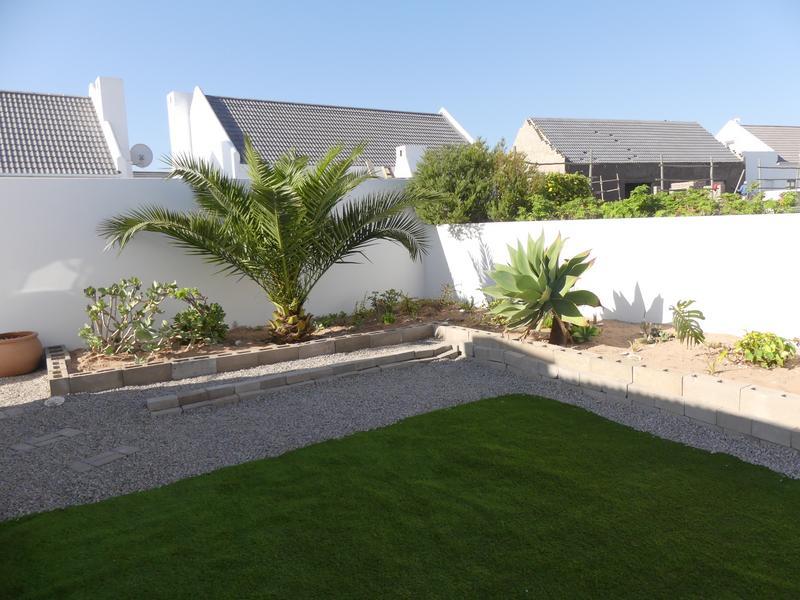 Property For Rent in Golden Mile, Britannia Bay 13