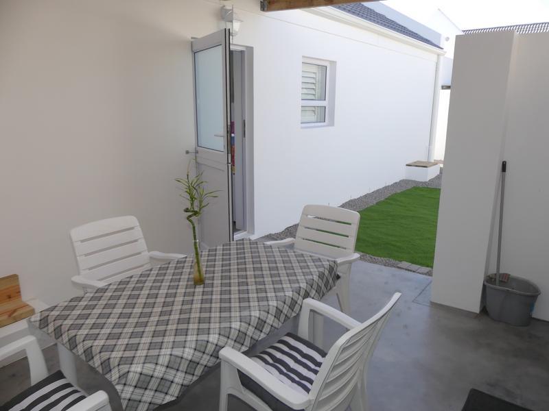 Property For Rent in Golden Mile, Britannia Bay 15